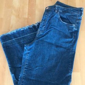 H&M Wide Leg Raw Hem Cropped Jeans